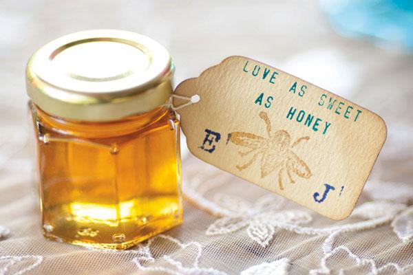 honey-wedding-favor