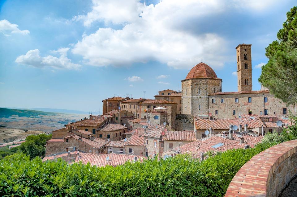 borghi-medievali-toscana-villa-campestri-olive-oil-resort