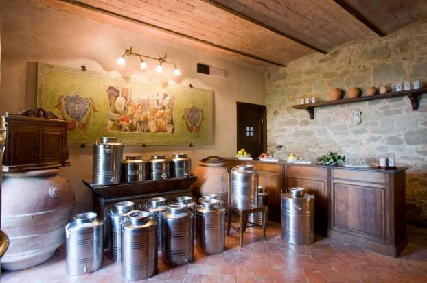 Oleoteca toscana di Villa Campestri Olive Oil Resort