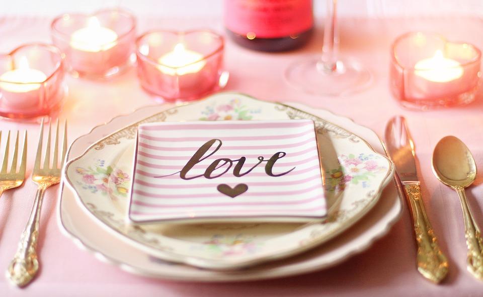 La cena romantica in Toscana a Villa Campestri Olive Oil Resort