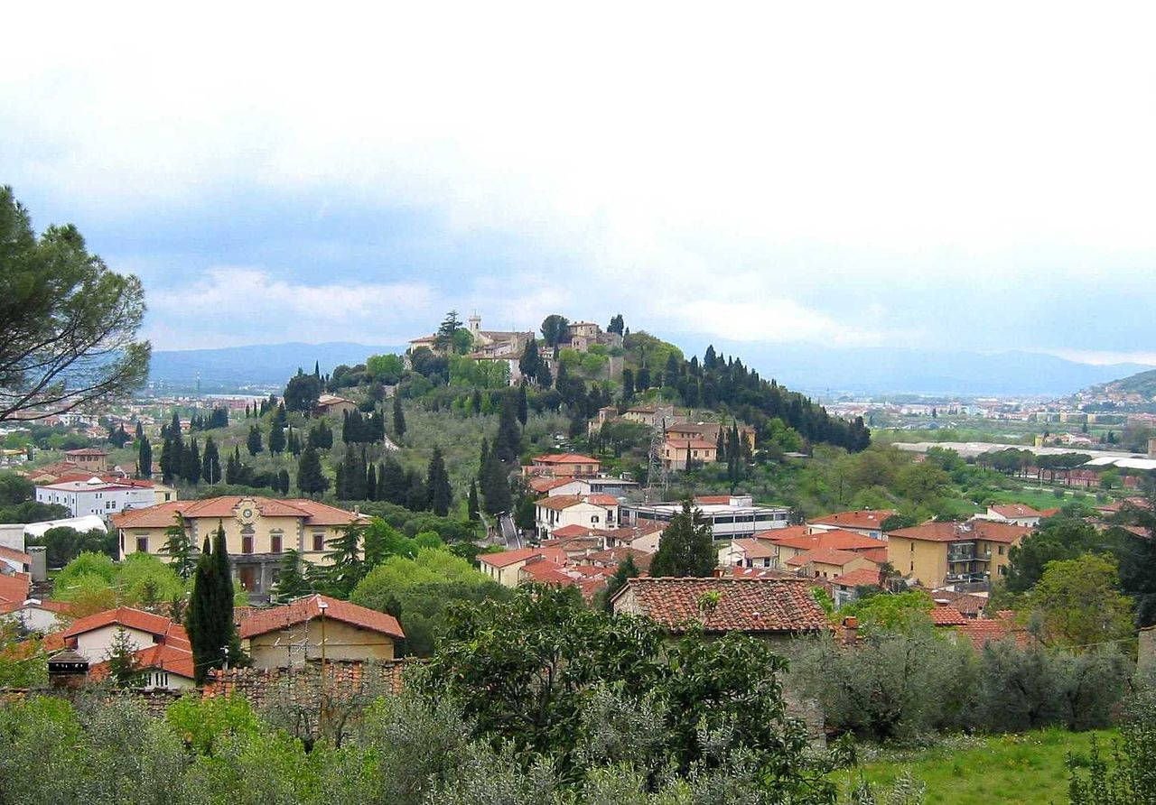 The 10 things to see in Calenzano with Villa Campestri Olive Oil Resort