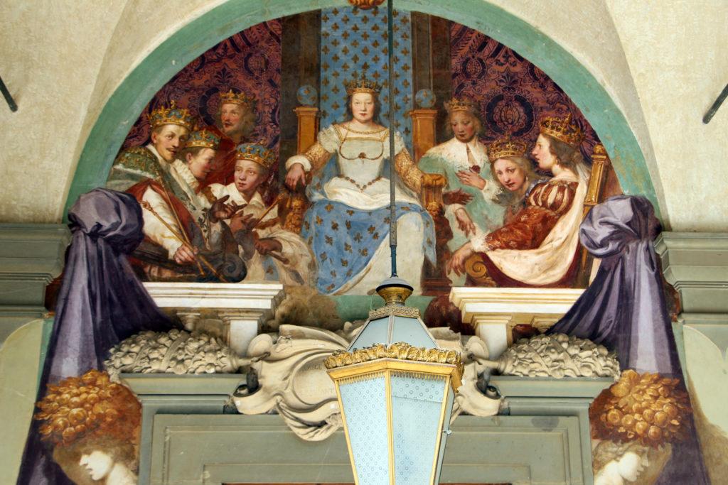 Caterina de' Medici alla corte di Parigi con Villa Campestri Olive Oil Resort