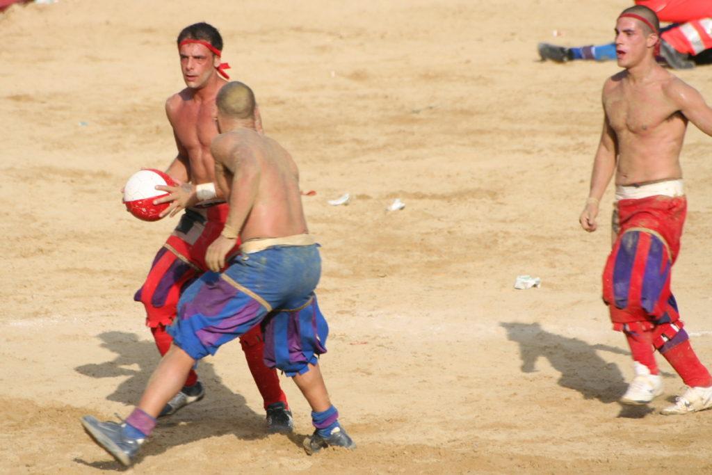 Calcio storico fiorentino con Villa Campestri Olive Oil resort